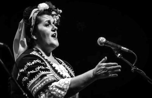 Tzvetanka Varimezova: Canto Coral Búlgaro / abril 7-12, 2017